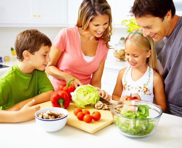 Family-in-Kitchen_iStock